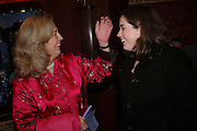 Lucy Hemmings and Louisa William. Mary Poppins Gala charity night  in aid of Over the Wall. Prince Edward Theatre. 14 December 2004. ONE TIME USE ONLY - DO NOT ARCHIVE  © Copyright Photograph by Dafydd Jones 66 Stockwell Park Rd. London SW9 0DA Tel 020 7733 0108 www.dafjones.com