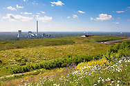 Europe, Germany, North Rhine-Westphalia, Ruhr area, Herten, view from the heap Hoheward to the Evonik Steag heat and power plant Herne.<br /> <br /> Europa, Deutschland, Nordrhein-Westfalen, Ruhrgebiet, Blick von der Halde Hoheward zum Evonik Steag Heizkraftwerk Herne.