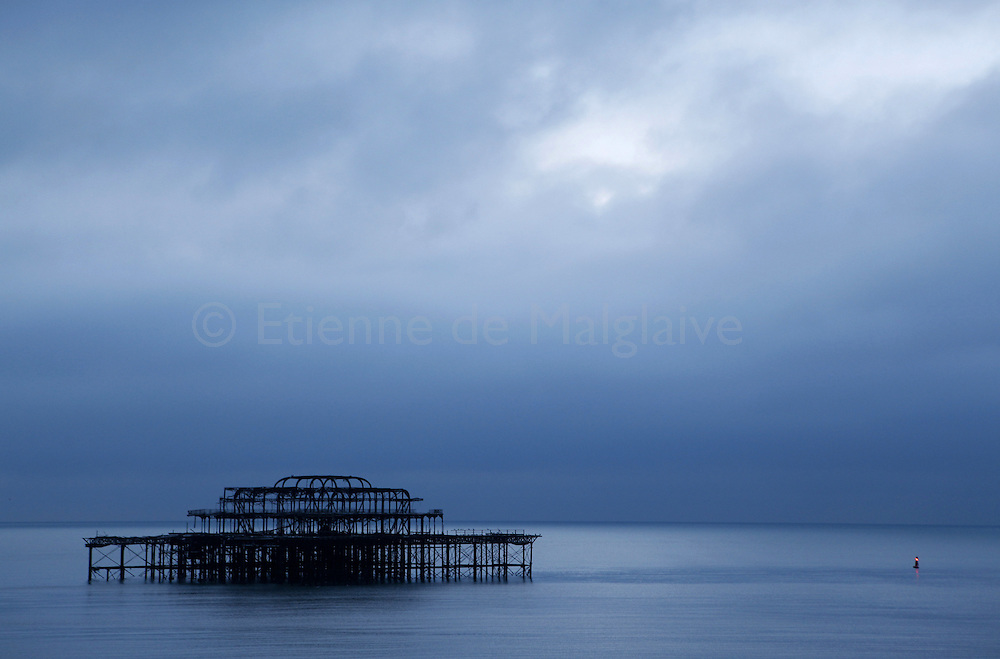 Structure of Brighton beach West Pier that whas destroyed by fire in May 12, 2003. Brighton, 08 January 2010.