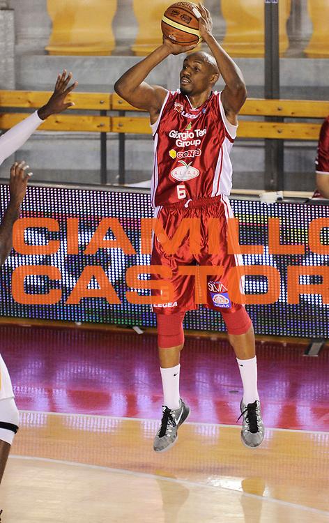 DESCRIZIONE : Roma Lega A 2014-15 <br /> Acea Virtus Roma - Giorgio Tesi Group Pistoia<br /> GIOCATORE : C.J. Williams<br /> CATEGORIA : tiro three points<br /> SQUADRA : Giorgio Tesi Group Pistoia<br /> EVENTO : Campionato Lega A 2014-2015 <br /> GARA : Acea Virtus Roma - Giorgio Tesi Group Pistoia<br /> DATA : 22/03/2015<br /> SPORT : Pallacanestro <br /> AUTORE : Agenzia Ciamillo-Castoria/N. Dalla Mura<br /> Galleria : Lega Basket A 2014-2015  <br /> Fotonotizia : Roma Lega A 2014-15 Acea Virtus Roma - Giorgio Tesi Group Pistoia