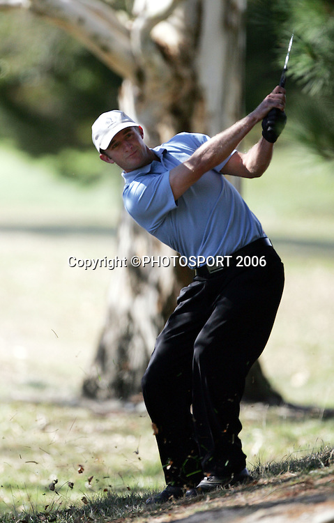 Shandon's Andrew Green plays from the rough during the 2006 New Zealand Mens Golf Amateur Championship final at Coringa Golf Course, Christchurch, on Sunday 9 April 2006. Green played Australia's Mitchell Brown. Photo: Tim Hales/PHOTOSPORT