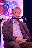Writer Amos Oz discusses The Global Novel at the Dalkey Book Festival, Dalkey Town Hall, Dalkey, Dublin, Ireland. Sunday 22nd June 2014.