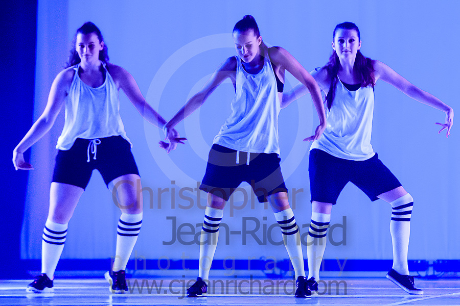 ART: 2015 | Colours of Passion: We've Got The Power | Sunday Afternoon Performance -- Week 1<br /> <br /> Lady Power<br /> <br /> choreography: Jemelle Suyat Navat<br /> 15-21 Jahre<br /> <br /> Students and Instructors of Atelier Rainbow Tanzkunst (http://www.art-kunst.ch/) rehearse on the stage of the Schinzenhof for a series of performances in June, 2015.<br /> <br /> Schinzenhof, Alte Landstrasse 24 8810 Horgen Switzerland
