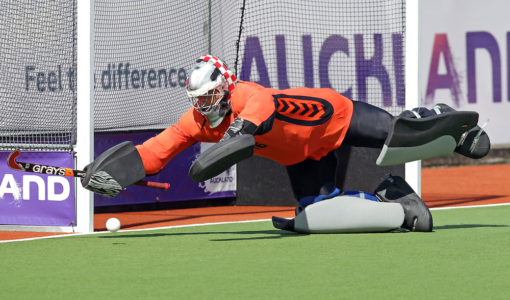 Korea's goalkeeper Jae Hyeon Kim dives to make a save against New Zealand in a pool B match of the Hockey Champions Trophy, Auckland, New Zealand, Monday, December 05, 2011.  Credit:SNPA / David Rowland
