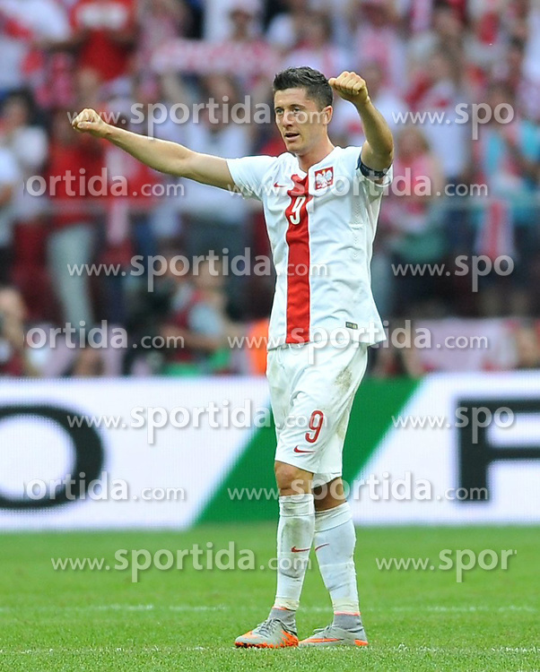 13.06.2015, Nationalstadion, Warschau, POL, UEFA Euro 2016 Qualifikation, Polen vs Greorgien, Gruppe D, im Bild ROBERT LEWANDOWSKI RADOSC PO WYGRANYM // during the UEFA EURO 2016 qualifier group D match between Poland and Greorgia at the Nationalstadion in Warschau, Poland on 2015/06/13. EXPA Pictures &copy; 2015, PhotoCredit: EXPA/ Pixsell/ RAFAL RUSEK<br /> <br /> *****ATTENTION - for AUT, SLO, SUI, SWE, ITA, FRA only*****