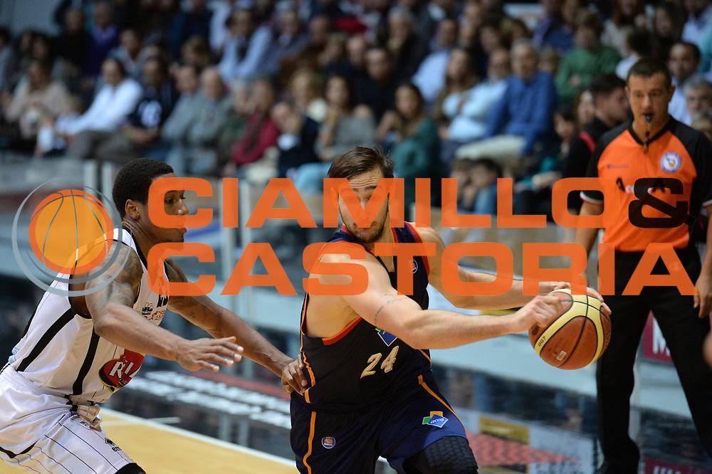 DESCRIZIONE : Caserta Lega serie A 2013/14  Pasta Reggia Caserta Acea Virtus Roma<br /> GIOCATORE : riccardo moraschini <br /> CATEGORIA : composizione palleggio<br /> SQUADRA : Acea Virtus Roma<br /> EVENTO : Campionato Lega Serie A 2013-2014<br /> GARA : Pasta Reggia Caserta Acea Virtus Roma<br /> DATA : 10/11/2013<br /> SPORT : Pallacanestro<br /> AUTORE : Agenzia Ciamillo-Castoria/GiulioCiamillo<br /> Galleria : Lega Seria A 2013-2014<br /> Fotonotizia : Caserta  Lega serie A 2013/14 Pasta Reggia Caserta Acea Virtus Roma<br /> Predefinita :