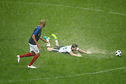 Harry ARTER (IRL) slided on the grass hardened, Steven NZONZI (FRA) during the FIFA Friendly Game football match between France and Republic of Ireland on May 28, 2018 at Stade de France in Saint-Denis near Paris, France - Photo Stephane Allaman / ProSportsImages / DPPI