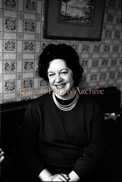 19/06/1963.06/19/1963.19 June 1963.Madame Astrid Varnay pictured at St Francis Xavier Hall, Dublin, before rehearsing with the Radio Eireann Symphony Orchestra.