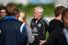 20100901 Fodboldlandsholdet træner i Helsingør