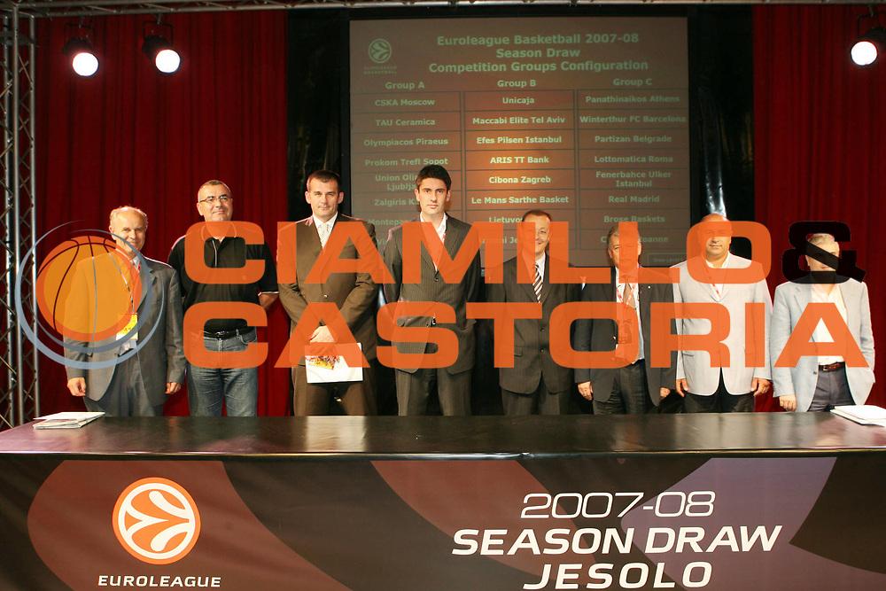 DESCRIZIONE : Jesolo Eurolega Euroleague 2007-08 Euroleague Draw Sorteggio Gironi Eurolega<br /> GIOCATORE : Rappresentanti gruppo C<br /> SQUADRA : <br /> EVENTO : Jesolo Eurolega Euroleague 2007-08 Euroleague Draw Sorteggio Gironi Eurolega<br /> GARA : <br /> DATA : 30/06/2007 <br /> CATEGORIA : Ritratto<br /> SPORT : Pallacanestro <br /> AUTORE : Agenzia Ciamillo-Castoria/G.Ciamillo<br /> Galleria : Eurolega 2007-2008 <br /> Fotonotizia : Jesolo Eurolega Euroleague 2007-08 Euroleague Draw Sorteggio Gironi Eurolega<br /> Predefinita :