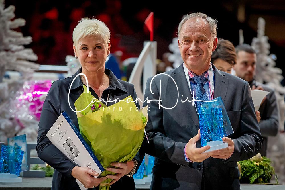 L'Année Hippique Awards<br /> Van der Net Inge, Torgerson Thomas, Event Director Gothenburg Horse Show<br /> CHI Genève 2019<br /> © Hippo Foto - Dirk Caremans<br />  14/12/2019