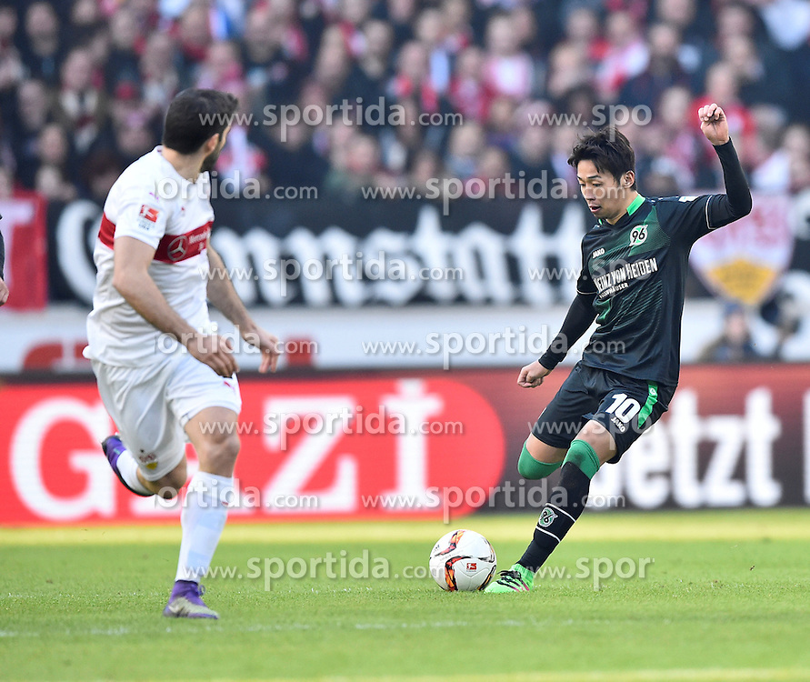 27.02.2016, Mercedes Benz Arena, Stuttgart, GER, 1. FBL, VfB Stuttgart vs Hannover 96, 23. Runde, im Bild Hiroshi Kiyotake Hannover 96 (rechts) gegen Emiliano Insua VfB Stuttgart // during the German Bundesliga 23th round match between VfB Stuttgart and Hannover 96 at the Mercedes Benz Arena in Stuttgart, Germany on 2016/02/27. EXPA Pictures &copy; 2016, PhotoCredit: EXPA/ Eibner-Pressefoto/ Weber<br /> <br /> *****ATTENTION - OUT of GER*****