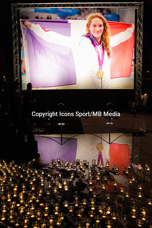Illustration recueillement Camille Muffat - 10.03.2015 - Hommage a Camille Mufat - Nice <br /> Photo : Farjon / Visual / Icon Sport *** Local Caption ***