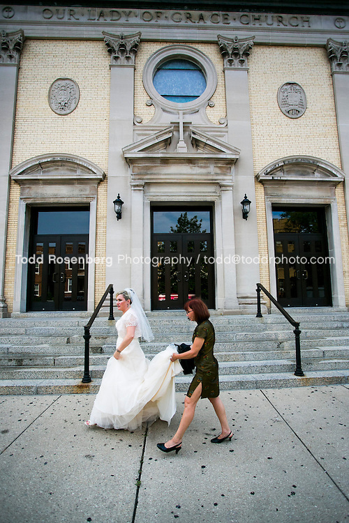 7/14/12 4:28:15 PM -- Julie O'Connell and Patrick Murray's Wedding in Chicago, IL.. © Todd Rosenberg Photography 2012