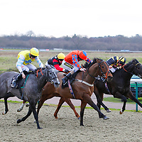 Valmina and Joe Fanning winning the 2.35 race