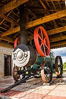 Locomotiva antiga a vapor na Praça do Imigrante. Iporã do Oeste, Santa Catarina, Brasil. / <br /> Old steam locomotive at Immigrant Square. Ipora do Oeste, Santa Catarina, Brazil.