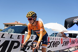 Lizzie Deignan begins Stage 5 of the Giro Rosa - a 12.7 km individual time trial, starting and finishing in Sant'Elpido A Mare on July 4, 2017, in Fermo, Italy. (Photo by Sean Robinson/Velofocus.com)