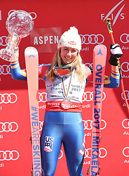 19.03.2017, Aspen, USA, FIS Weltcup Ski Alpin, Finale 2017, Siegerehrung, im Bild Mikaela Shiffrin (USA, Gewinnerin des Slalom uns des Gesamt Weltcups) mit der Kristrallkugel für den Gesamtweltcupsieg // winner of the Slalom and the Overall World Cup Mikaela Shiffrin of the USA With the crystal globe for the ladie's overall World Cup during the winner award ceremony for the overall winner of 2017 FIS ski alpine world cup finals. Aspen, United Staates on 2017/03/19. EXPA Pictures © 2017, PhotoCredit: EXPA/ Erich Spiess