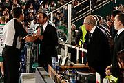 DESCRIZIONE : Avellino Lega A 2011-12 Sidigas Avellino Fabi Shoes Montegranaro<br /> GIOCATORE : Arbitro Gaetano De Paola<br /> SQUADRA : Sidigas Avellino<br /> EVENTO : Campionato Lega A 2011-2012<br /> GARA : Sidigas Avellino Fabi Shoes Montegranaro<br /> DATA : 22/01/2012<br /> CATEGORIA : ritratto proteste<br /> SPORT : Pallacanestro<br /> AUTORE : Agenzia Ciamillo-Castoria/A.De Lise<br /> Galleria : Lega Basket A 2011-2012<br /> Fotonotizia : Avellino Lega A 2011-12 Sidigas Avellino Fabi Shoes Montegranaro<br /> Predefinita :