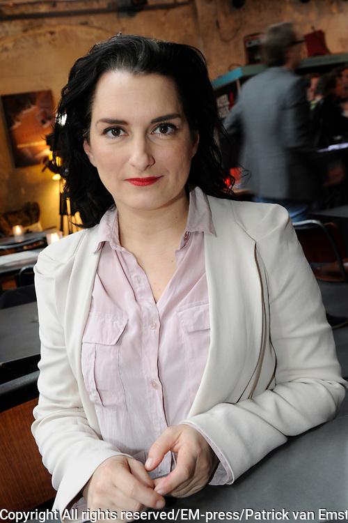 Perspresentatie van de  nieuwe komische dramaserie van RTL Divorce. De serie gaat over drie mannen die noodgedwongen, na een scheiding, bij elkaar intrekken.<br /> <br /> Op de foto:  Carly Wijs