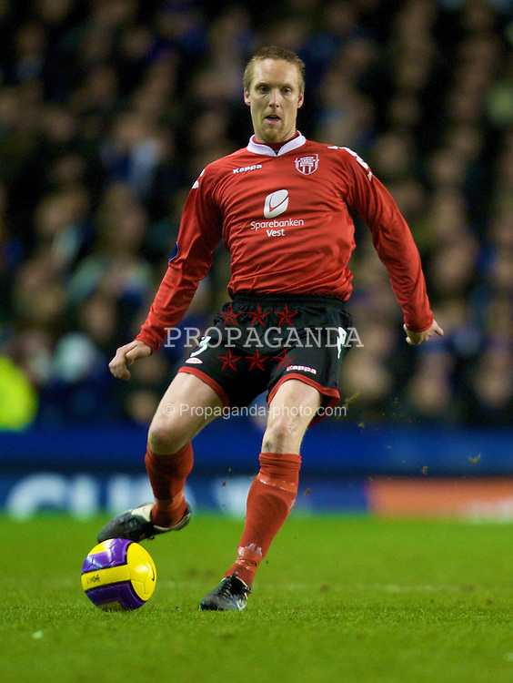 LIVERPOOL, ENGLAND - Thursday, February 21, 2008: SK Brann Bergen's Bjorn Dahl in action against Everton during the UEFA Cup Round of 32 2nd Leg match at Goodison Park. (Photo by David Rawcliffe/Propaganda)