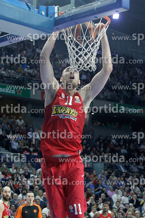 28.01.2016, Palacio de los Deportes, Madrid, ESP, FIBA, EL, Real Madrid vs Olympiacos PiraeusPlayoff, 5. Spiel, im Bild Olympimpiacos Piraeus' Nikola Milutinov // during the 5th Playoff match of the Turkish Airlines Basketball Euroleague between Real Madrid and Olympiacos Piraeus at the Palacio de los Deportes in Madrid, Spain on 2016/01/28. EXPA Pictures &copy; 2016, PhotoCredit: EXPA/ Alterphotos/ Acero<br /> <br /> *****ATTENTION - OUT of ESP, SUI*****