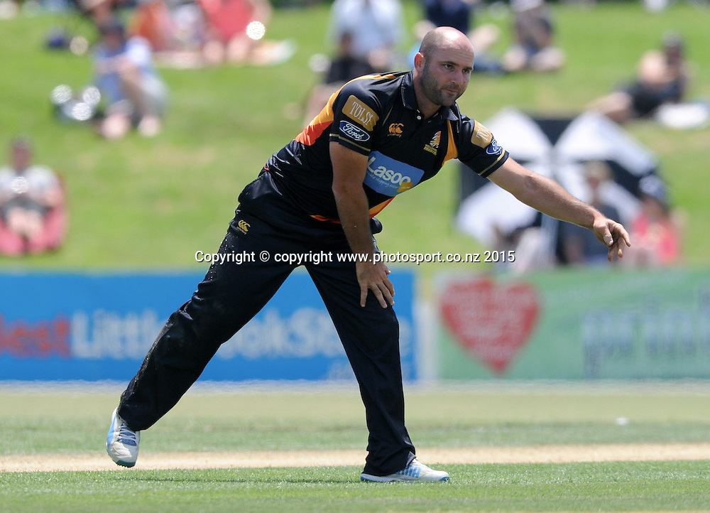 Wellington Firebird's Luke Woodcock in the Ford Trophy One Day cricket match, Knights v Firebirds, Bay Oval, Mt Maunganui, Thursday, January 01, 2015. Photo: Kerry Marshall / photosport.co.nz