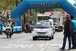 18.04.2010, Wien, AUT, Vienna City Marathon 2010, im Bild Schlusswagen des VCM,  EXPA Pictures © 2010, PhotoCredit: EXPA/ T. Haumer / SPORTIDA PHOTO AGENCY