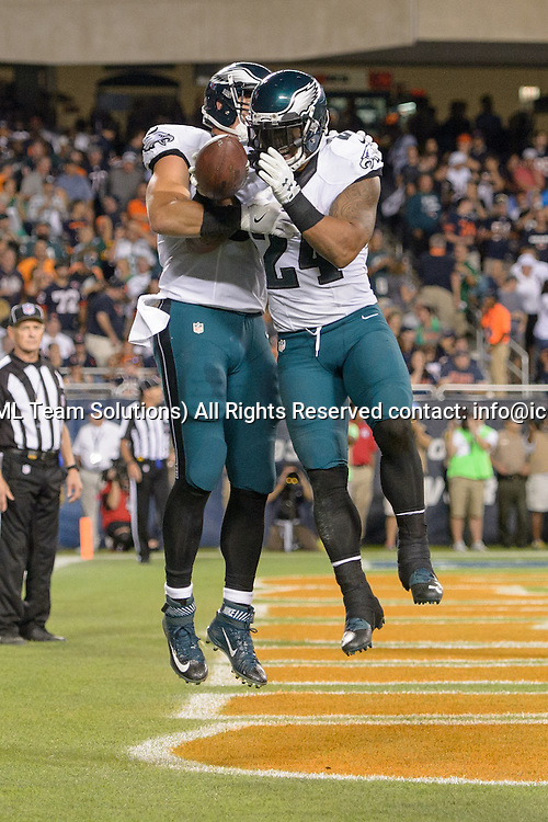 19 September 2016: Philadelphia Eagles Running Back Ryan Mathews (24) [9040] and Philadelphia Eagles Tight End Brent Celek (87) [9603] celebrate a Mathews touchdown run during an NFL football game between the Philadelphia Eagles and the Chicago Bears at Solider Field in Chicago, IL. The Philadelphia Eagles won 29-14. (Photo by Daniel Bartel/Icon Sportswire)