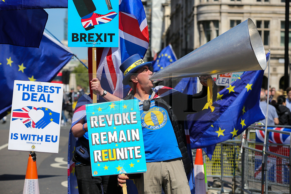 © Licensed to London News Pictures. 14/05/2019. London, UK. Steve Bray and anti-Brexit demonstrators protest outside the Houses of Parliament. Photo credit: Dinendra Haria/LNP