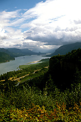 Oregon: Columbia River View from Women's Forum Park, Photo: orcolu102  .Photo copyright Lee Foster, www.fostertravel.com, 510/549-2202, lee@fostertravel.com