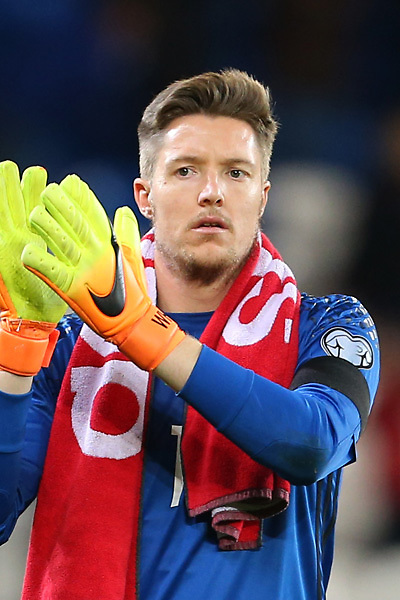 LONDON, ENGLAND - AUGUST 13:  Wayne Hennessey of Crystal Palace in action during the Premier League match between Crystal Palace and West Bromwich Albion at Selhurst Park on August 13, 2016 in London, England. (Photo by Alex Broadway/Getty Images)