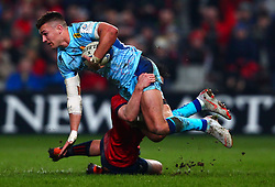 Henry Slade of Exeter Chiefs is tackled by Joey Carbery of Munster Rugby - Mandatory by-line: Ken Sutton/JMP - 19/01/2019 - RUGBY - Thomond Park - Limerick,  - Munster Rugby v Exeter Chiefs -