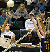 16185Volleyball, Ohio girls vs Moorehead State: Johnny Hanson Photo's