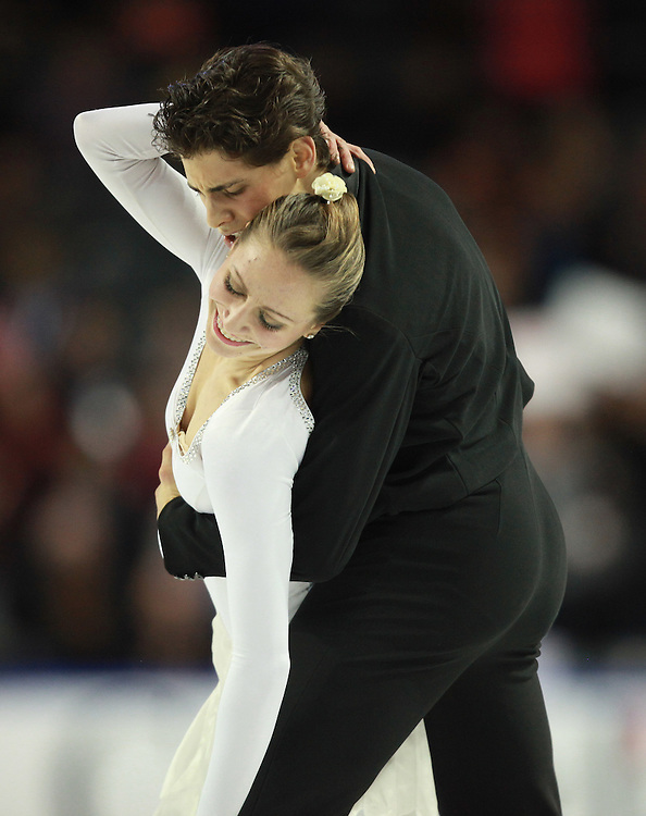 20101029 -- Kingston, Ontario --  Vanessa Crone and Paul Poirier of Canada skate their short dance in the ice dance competition at the 2010 Skate Canada International in Kingston, Ontario, Canada, October 29, 2010.<br /> AFP PHOTO/Geoff Robins