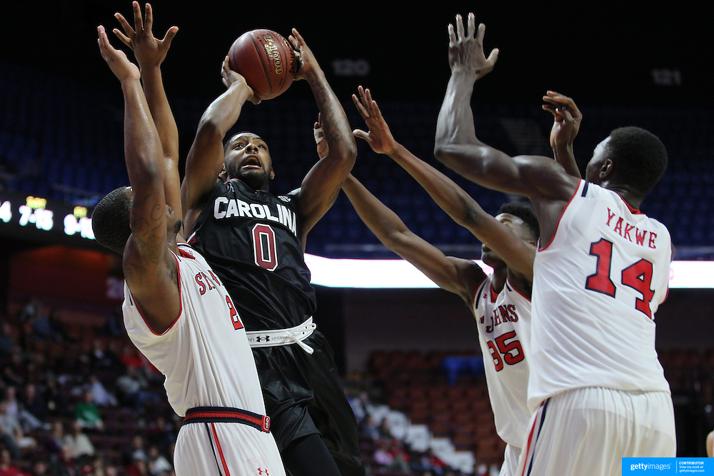 Sindarius Thornwell, South Carolina, drives to the basket during the St. John's vs South Carolina Men's College Basketball game in the Hall of Fame Shootout Tournament at Mohegan Sun Arena, Uncasville, Connecticut, USA. 22nd December 2015. Photo Tim Clayton