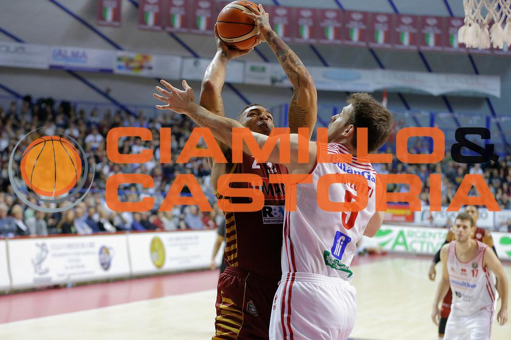 Jamelle Hagins<br /> Umana Reyer Venezia - Consultinvest Pesaro<br /> Lega Basket Serie A 2016/2017<br /> Venezia 05/03/2017<br /> Foto Ciamillo-Castoria