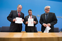 """15 MAY 2012, BERLIN/GERMANY:<br /> Peer Steinbrueck (L), SPD, Bundesminister a.D., Sigmar Gabriel (M), SPD Parteivorsitzender, Frank-Walter Steinmeier (R), SPD Fraktionsvorsitzender, mit Ihrem gemeinsamen Papier, nach der Pressekonferenz zum Thema """" Der Weg aus der Krise – Wachstum und Beschäftigung in Europa"""", Bundespressekonferenz<br /> IMAGE: 20120515-01-052<br /> KEYWORDS: Peer Steinbrück"""
