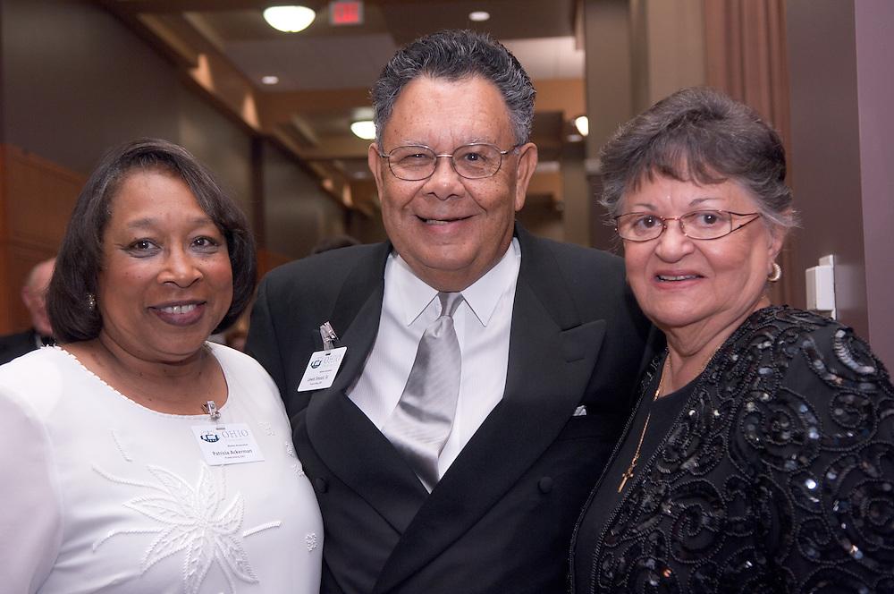 18450Alumni Awards Gala: Homecoming Oct. 12, ....Patricia Ackerman, BA '66(distinguished service), Lewis R. Smoot, SR. (honorary Alumnus),