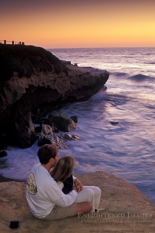 Couple watching the sunset,+from Scripps Park, La Jolla, San Diego County, CALIFORNIA