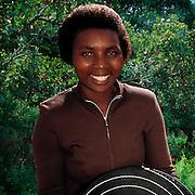 Artist Gabisile Mkhwanazi weaves telephone wire bowls.