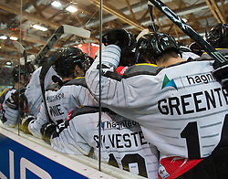 07.02.2016, Keine Sorgen Eisarena, Linz, AUT, EBEL, EHC Liwest Black Wings Linz vs Dornbirner Eishockey Club, Platzierungsrunde,im Bild Dornbirn feiert den Overtime Sieg // during the Erste Bank Icehockey League 51th round match - placement round between EHC Liwest Black Wings Linz and Dornbirner Eishockey Club at the Keine Sorgen Icearena, Linz, Austria on 2016/02/07. EXPA Pictures © 2016, PhotoCredit: EXPA/ Reinhard Eisenbauer