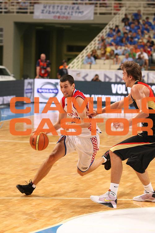 DESCRIZIONE : Atene Athens 2008 Fiba Olympic Qualifying Tournament For Men <br /> Germania Croazia Germany Croatia<br /> GIOCATORE : Roko Leni Ukic<br /> SQUADRA : Croazia<br /> EVENTO : 2008 Fiba Olympic Qualifying Tournament For Men <br /> GARA : Germania Croazia Germany Croatia<br /> DATA : 19/07/2008 <br /> CATEGORIA : Tiro<br /> SPORT : Pallacanestro <br /> AUTORE : Agenzia Ciamillo-Castoria/G. Ciamillo<br /> Galleria : 2008 Fiba Olympic Qualifying Tournament For Men<br /> Fotonotizia : Atene Athens 2008 Fiba Olympic Qualifying Tournament For Men <br /> Germania Croazia Germany Croatia<br /> Predefinita :