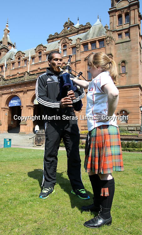 GLASGOW, SCOTLAND – MAY 2:  Lote Raikabula from New Zealand Sevens learn to play the bagpipes in Glasgow, Scotland. (Photo: Martin Seras Lima/photosport)