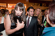 ANGELICA HUSTON; MARC JACOBS; JERRY HALL; SUSY MENKES, Louis Vuitton openingof New Bond Street Maison. London. 25 May 2010. -DO NOT ARCHIVE-© Copyright Photograph by Dafydd Jones. 248 Clapham Rd. London SW9 0PZ. Tel 0207 820 0771. www.dafjones.com.