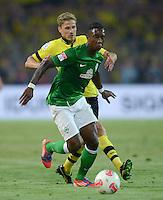 FUSSBALL   1. BUNDESLIGA   SAISON 2012/2013   1. SPIELTAG Borussia Dortmund - SV Werder Bremen                  24.08.2012      Eljero Elia (SV Werder Bremen) vor Oliver Kirch (Borussia Dortmund)