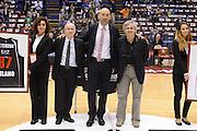 DESCRIZIONE : Milano Eurolega Eurolegue 2012-13 Ea7 Emporio Armani Milano Efes Istanbul<br /> GIOCATORE : Franco Casalini Dan Peterson Flavio Portaluppi<br /> SQUADRA : Ea7 Emporio Armani Milano<br /> CATEGORIA : ritratto curiosita  pre game <br /> EVENTO : Eurolega 2012-2013<br /> GARA : Ea7 Emporio Armani Milano Efes Istanbul<br /> DATA : 12/10/2012<br /> SPORT : Pallacanestro<br /> AUTORE : Agenzia Ciamillo-Castoria/GiulioCiamillo<br /> Galleria : Eurolega 2012-2013<br /> Fotonotizia : Milano Eurolega Eurolegue 2012-13 Ea7 Emporio Armani Milano Efes Istanbul<br /> Predefinita :