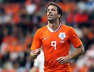 29-05-2008: Voetbal: Nederland-Denemarken: Eindhoven <br /> Ingetogen viert Ruud van Nistelrooy zijn doelpunt<br /> Foto: Geert van Erven
