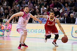 28.03.2016, Telekom Dome, Bonn, GER, Beko Basketball BL, Telekom Baskets Bonn vs FC Bayern Muenchen, 23. Runde, im Bild Justin Cobbs (FC Bayern Muenchen #10) beim Dribbling gegen Rotnei Clarek (Telekom Baskets Bonn #15) // during the Beko Basketball Bundes league 23th round match between Telekom Baskets Bonn and FC Bayern Munich at the Telekom Dome in Bonn, Germany on 2016/03/28. EXPA Pictures © 2016, PhotoCredit: EXPA/ Eibner-Pressefoto/ Schüler<br /> <br /> *****ATTENTION - OUT of GER*****