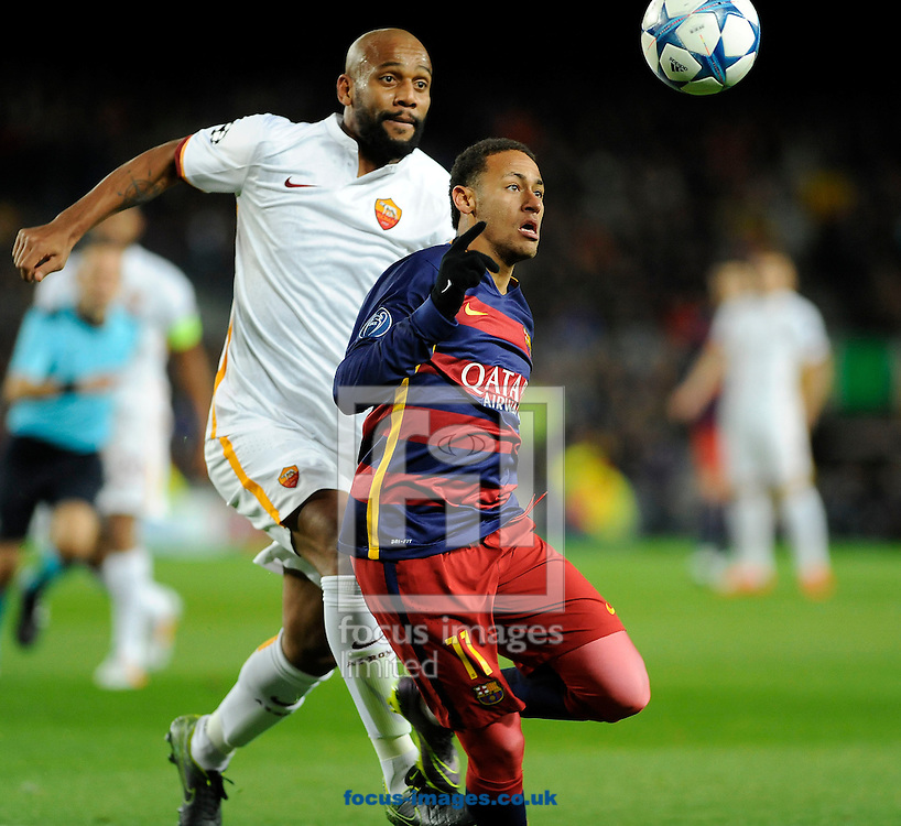 Neymar of FC Barcelona and Maicon of A.S. Roma during the UEFA Champions League match at Camp Nou, Barcelona<br /> Picture by Stefano Gnech/Focus Images Ltd +39 333 1641678<br /> 24/11/2015